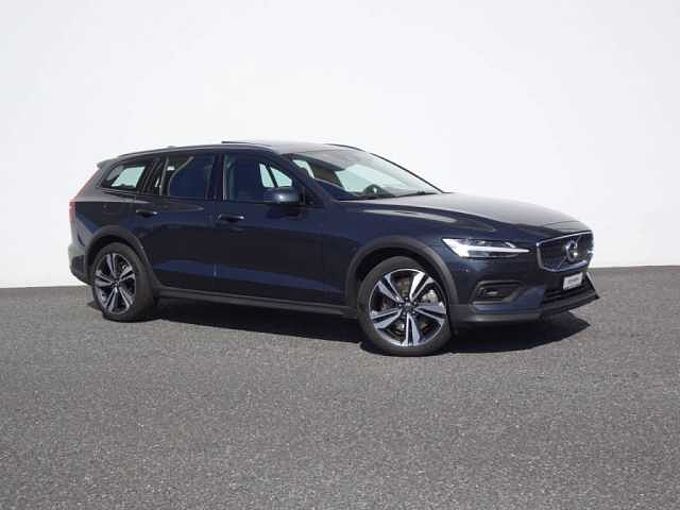 Volvo V60 Cross Country 2.0 T5 AWD
